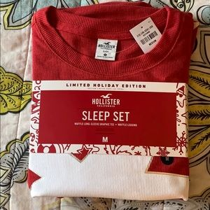 Hollister Limited Holiday Edition Sleep Set